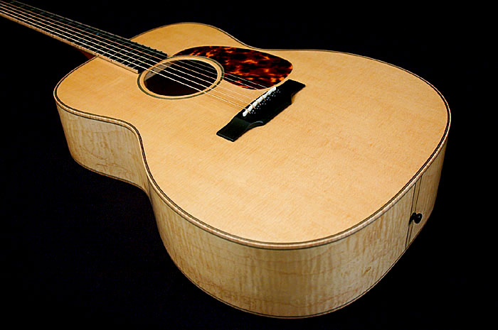 dogwoodguitars_monarch_02_top2