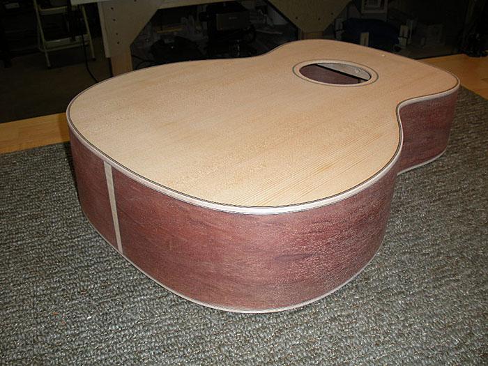 dogwoodguitars_blog_mahogany_33_binding